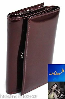 FREE RFID SLEEVE. Quality Patent Leather Purse. Colour: Maroon. Style No: 25004.