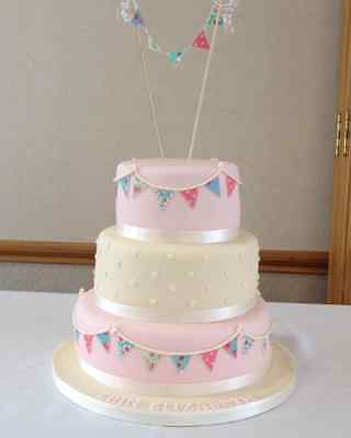 Edible Bunting Flags,Circles or Butterfly Floral Shabby Chic Cake Cupcake Topper