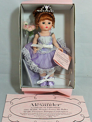 Madame Alexander LE 2005 MADCC - Wendy's Loves the Ballet Banquet Centerpiece