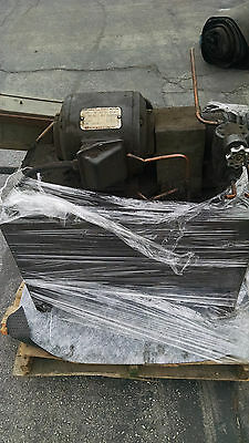 Vickers 1HP  Unit w/ Pump, Motor and Reservoir - Vickers 1HP