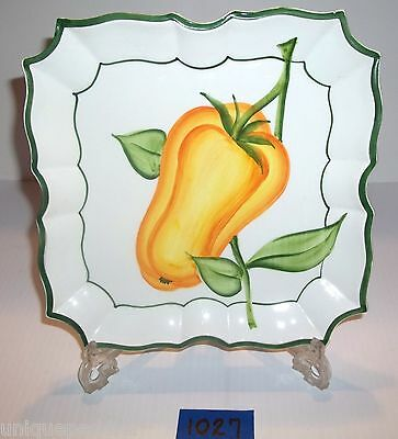 """Vietri Scalloped Square Plate Hand Yellow Bell Pepper Plate 8 1/2"""""""