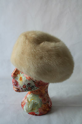Vintage Immaculate Real White, Cream, Ivory,  Mink Hat In Fabulous Condition