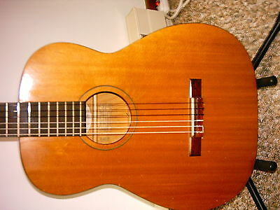 vintage harmony H 173 classical acoustic guitar
