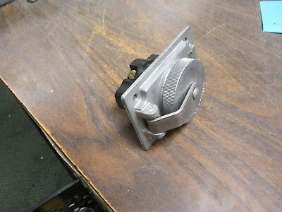 Thomas & Betts / Russellstoll Receptacle 3753 20A@600V 30A@250V 3W Used