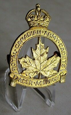 Canada Royal Canadian Army Cadets KC Cap Badge Original By William Scully