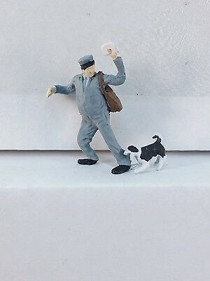 Arttista Postman with Dog #1136 - O Scale On30 On3 Figures People- Artista - New