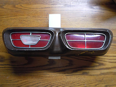 1970-1977 74 MERCURY COMET FACTORY OEM Left LH TAILLIGHT 70 71 72 73 75 76 77