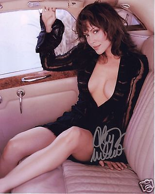 Alyssa Milano Autograph Signed Pp Photo Poster