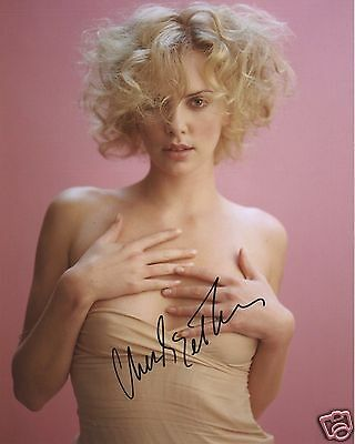 Charlize Theron Autograph Signed Pp Photo Poster