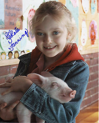 Dakota Fanning Autograph Signed Pp Photo Poster