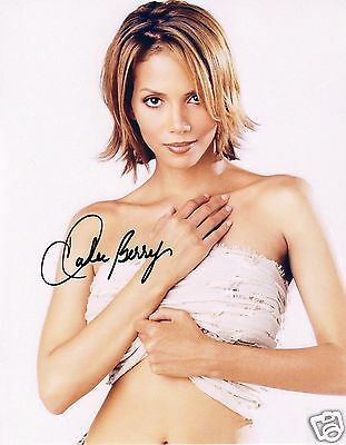 Halle Berry Autograph Signed Pp Photo Poster