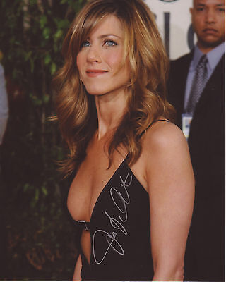 Jennifer Aniston Autograph Signed Pp Photo Poster 1