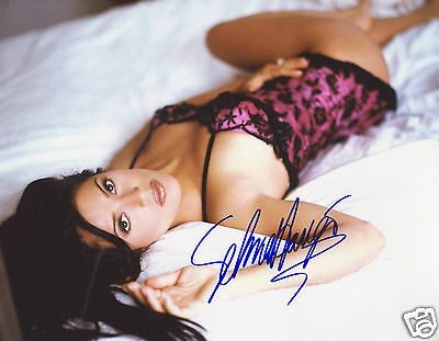 Salma Hayek Autograph Signed Pp Photo Poster