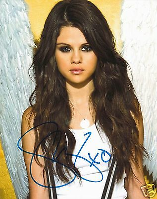 Selena Gomez Autograph Signed Pp Photo Poster