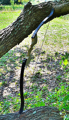Classic Style Modern Recurve Bow with Wooden Riser