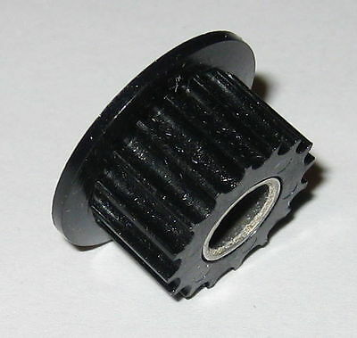 Thermoplastic Metric Spur Gear with Metal Insert - 6 mm Round Bore - 18 Teeth