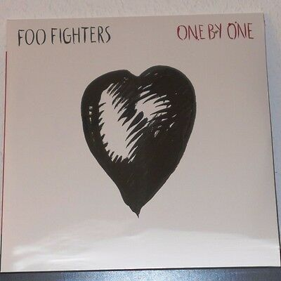 Foo Fighters - One By One / Doppel-LP (88697983261RE1)