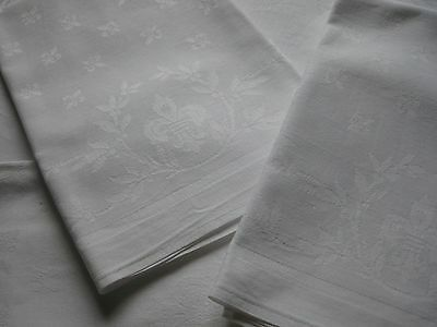 ANTIQUE FRENCH NAPKINS - SET OF 5 DAMASK NAPKINS - Fleurs de Lys -