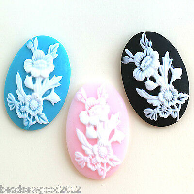 2 OVAL VINTAGE STYLE FLOWER CAMEO CABOCHONS 30 x 40mm Flat back resin