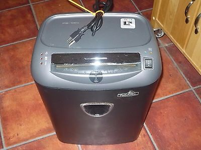 Fellowes PS-70CS AND Powershred Strip-Cut CD Card Staple Paper Shredder 32170