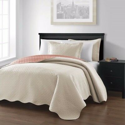 3-piece Ivory Salmon Pinsonic Quilted Reversible Bedspread Set Queen Size