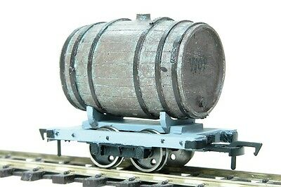 On30 Barrel mounted on Sand Hutton waggon chassis - Smallbrook - free post