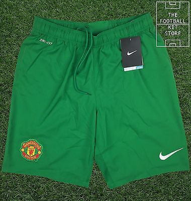 Manchester United Goalkeeper Shorts - Official Nike Shorts - Mens - Medium