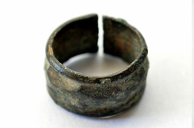 Ancient High End Medieval Hawking Ring