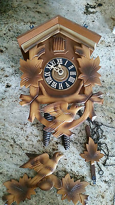 Hand-carved Black Forest Hunters Cookoo Clock made in W. Germany