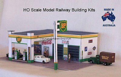 HO Scale BP Petrol Station Classic 1950's Model Railway Building Kit  BPS1