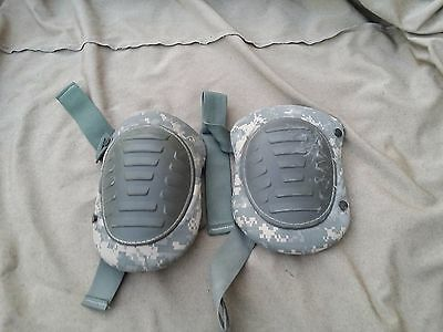 Military Knee Pads Army Issue Digital Camo USED