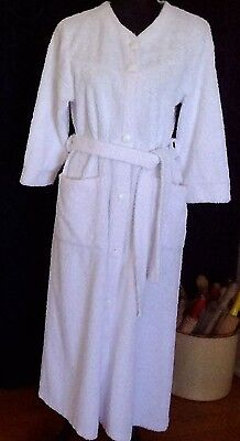 vintage chenille dressing gown bath robe button front tie white cotton Sz 8-10
