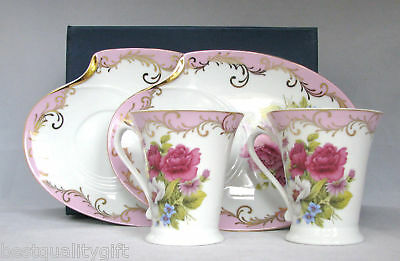 NEW SORELLE HANDCRAFTED PINK FLORAL w/GOLD PLATED 4PC FINE PORCELAIN PLATES+MUGS