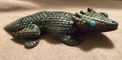 Zuni Serpentine Spiny Lizard Fetish by Lance Cheama - Direct from artist