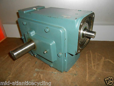 Dodge Worm Gear Gearbox Speed Reducer 4.4-Hp 30:1 C262B 1750-RPM -free shipping