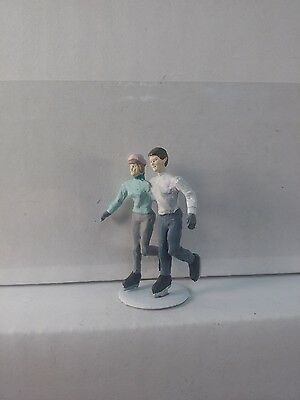 Arttista Couple Ice Skating #1394 - O Scale On30 On3 Figures People Artista- New