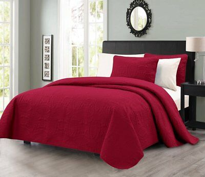 Pinsonic Quilted Austin Oversize Bedspread Coverlet 3-piece King Set, Burgundy