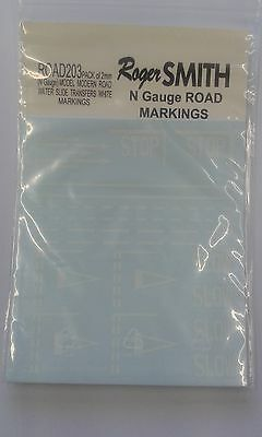 Water Slide Transfers White Modern UK Road Markings ROAD203 (N) - free post