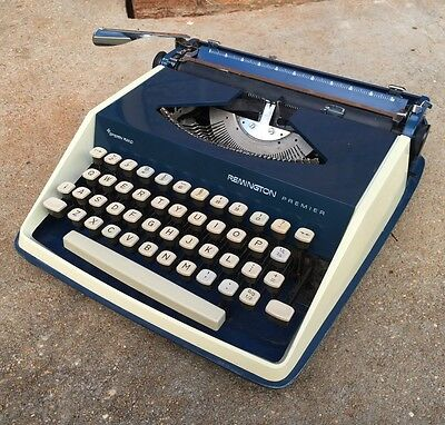 Vintage Retro Remington Premier Manual Typrwriter - Sperry Rand made in Holland