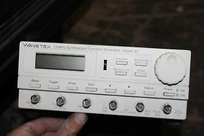 Wavetek Model 23 Synthesized 12/32 MHz Function generator with display