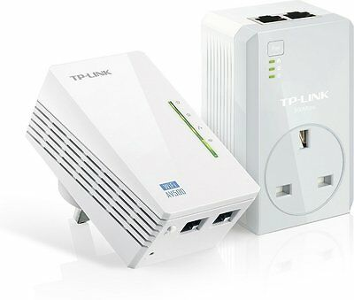 TP-Link WiFi Powerline Adapter with Passthrough Gaming HD TV Plug 500Mbps 2 Port