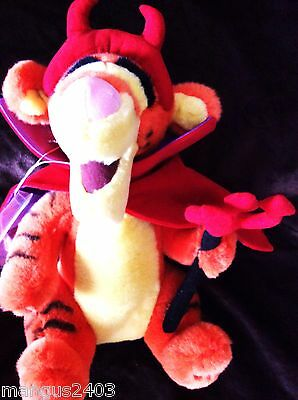 Bnwt Very Rare Large Disney Tigger Dressed In Halloween Red Devil Costume Outfit