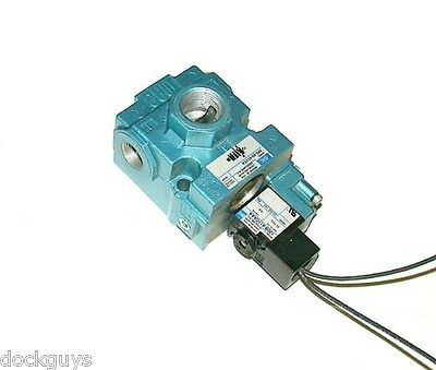 New Mac Pneumatic Solenoid Valve 24 Vdc 2.5 Watts Model 56C-63-611Ca