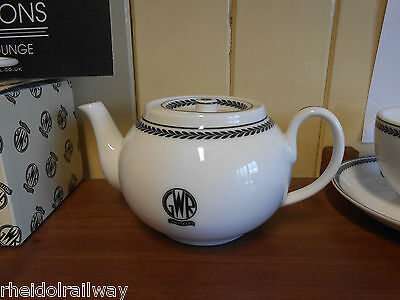 GWR replica teapot recreations by centenary Lounge