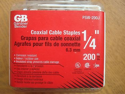 "Bulk lot of 1/4"" Coaxial Cable staples PSJ-200J (5 jars of 200 ct.)"