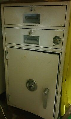 Diebold 2 drawer Bank Teller File Cabinet Safe w/combination GSA Fire Rated OPEN