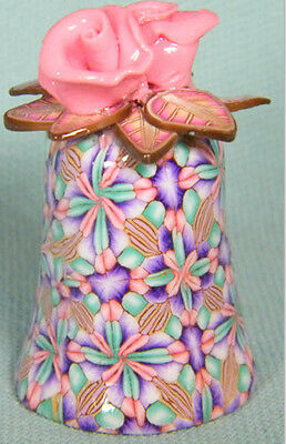Mauve Flower Top lovely Clay Thimble