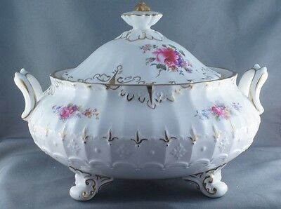 Royal Crown Derby Ashby Footed Lidded Casserole Server Dish