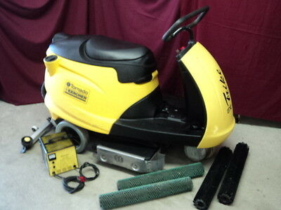 Rider Sweepers Sweepers Amp Scrubbers Cleaning Equipment