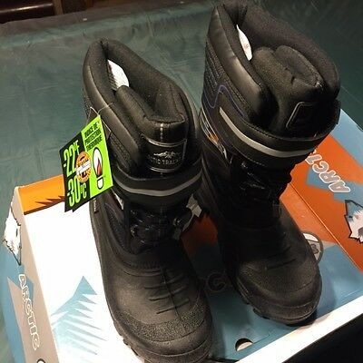 Artic Snow boots mixed size